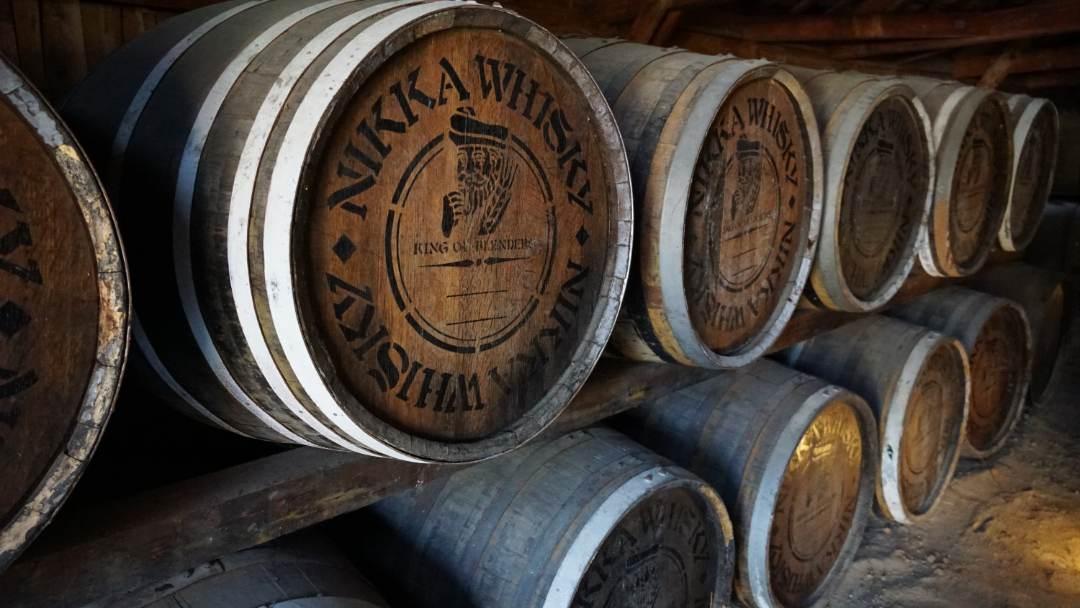 【試飲あり】工場見学できるウイスキー蒸留所を紹介!|ウイスキーの製法を学ぶ【大人の社会科見学】