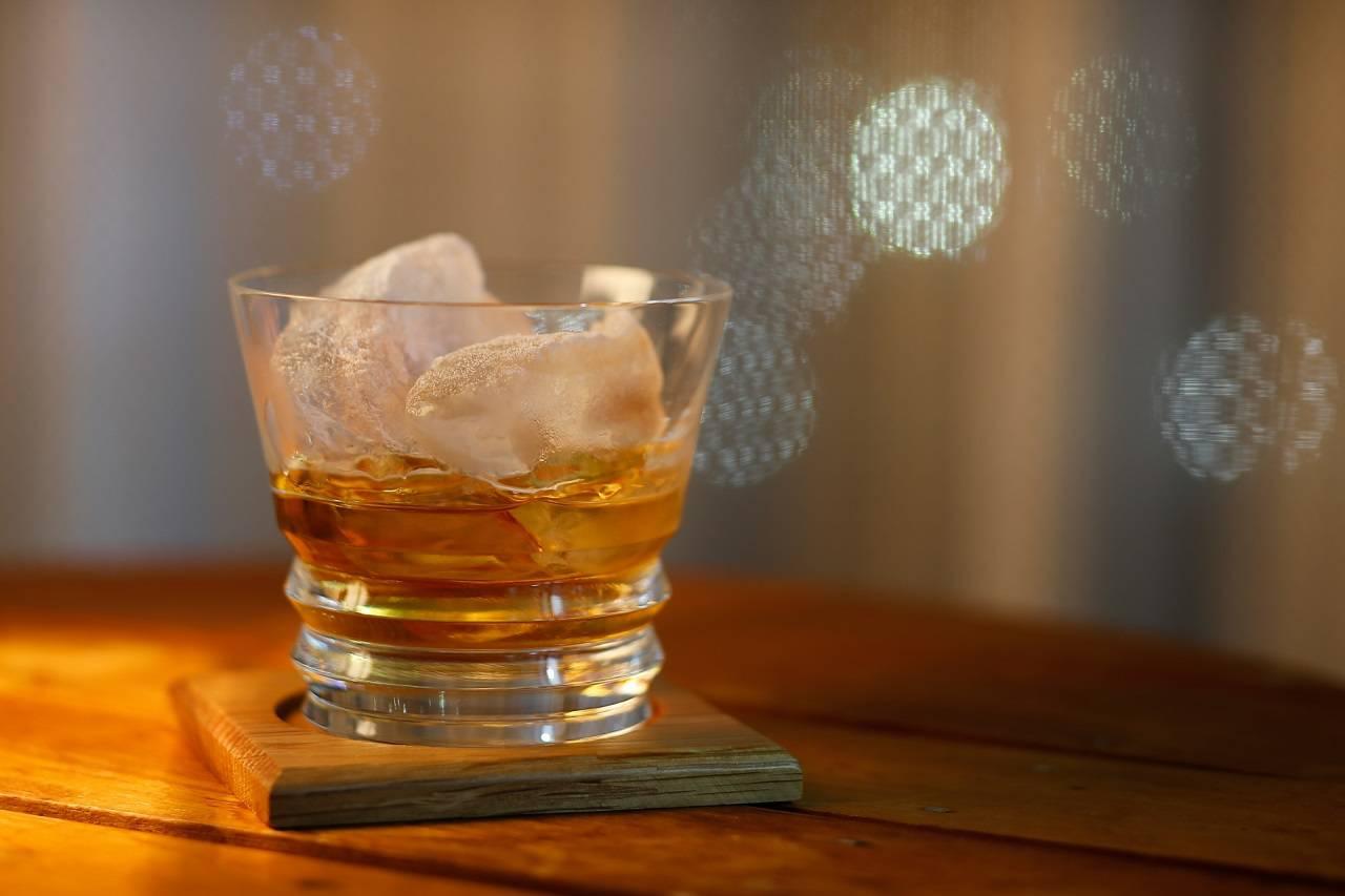 ピート香ってなに?ウイスキーの特徴である独特の香りについて解説