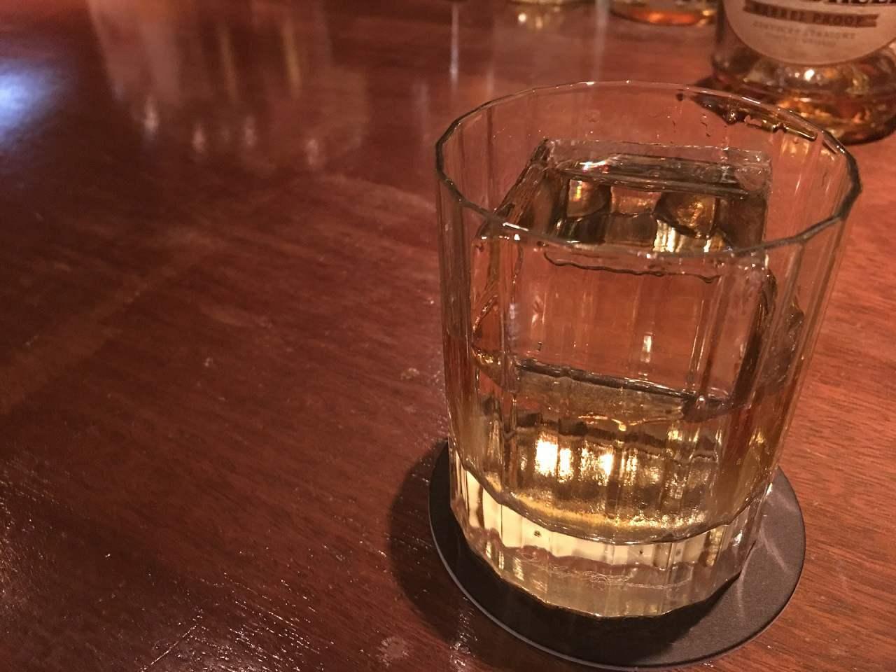 スコッチウイスキーって?歴史や特徴・種類と楽しみ方を紹介